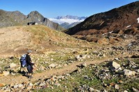 trekking holiday pyrenees national park